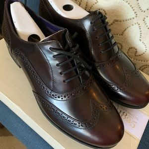 Brand new Dark burgundy brown Oxford shoes